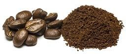 Kaffeemarinaden und Kaffeepulver